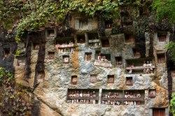Batu lamo Grave