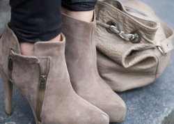Ankle Boots Heel