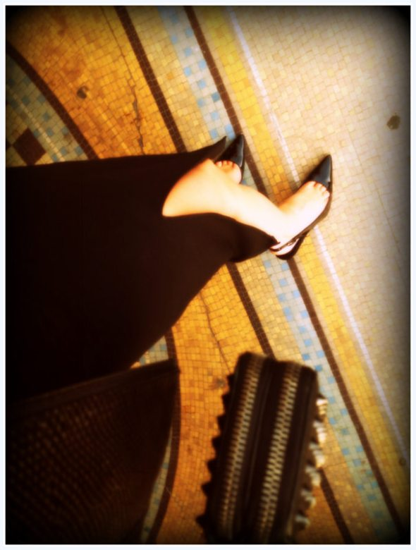 Clutch by Phillip Lim, Shoes by Manolo