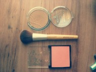 Not to forget always bring compact powder, blush on, & eyeliner everyday you go out.
