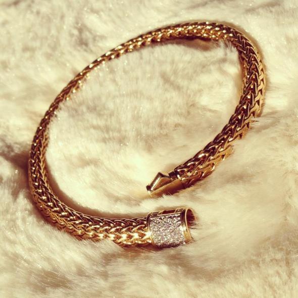 CLASSIC CHAIN COLLECTION : Medium Bracelet with Diamond Pave