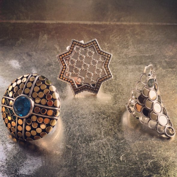 (Left) Dot collection : Round ring; (Middle) Dot collection : Star ring; (Right) Dot collection : Long Saddle ring.