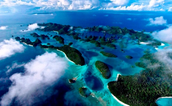 Raja Ampat Islands, West Papua - INDONESIA. (Photo : Cakra Jafa)