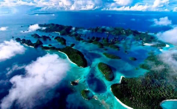 Raja Ampat Islands, West Papua - INDONESIA. (Photo : Cakra Jafa)