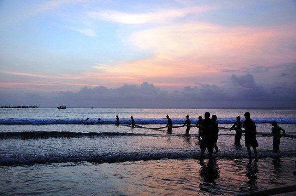 CIAMIS : Pangandaran Beach is located in West Java has the charm of white sand, marine parks, and a variety of water sports activities. Ciamis is located approximately 120 km from Bandung.