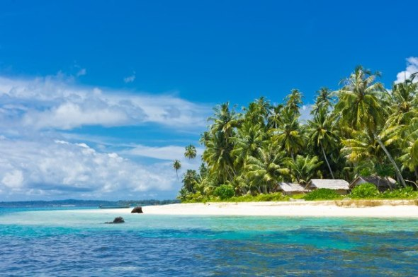 Snorkeling? Surfing? Say hello to the turtles? Down the beach? Many Come to the Island!  There are many islands in Singkil from Medan can be reached by bus for 8 hours.